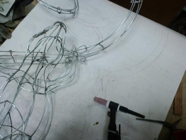 『トカゲのリノ』図面から針金模型、イメージ画まで_e0209927_2422676.jpg