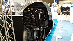 JAPAN INTERNATIONAL BOATSHOW 2011 その3 ヤマハブース1_a0132631_011351.jpg