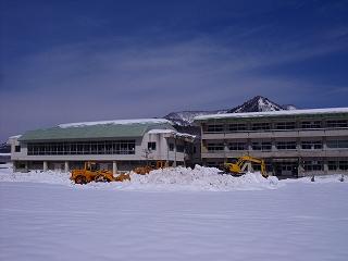 春先除雪へ_d0122374_2053472.jpg