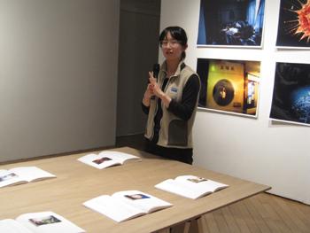 志賀理江子写真展 オープニングレセプション&ギャラリートーク_f0023676_22111521.jpg