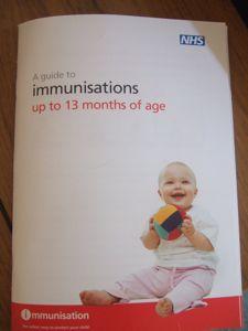 イギリスでの乳幼児予防接種_e0030586_0251021.jpg
