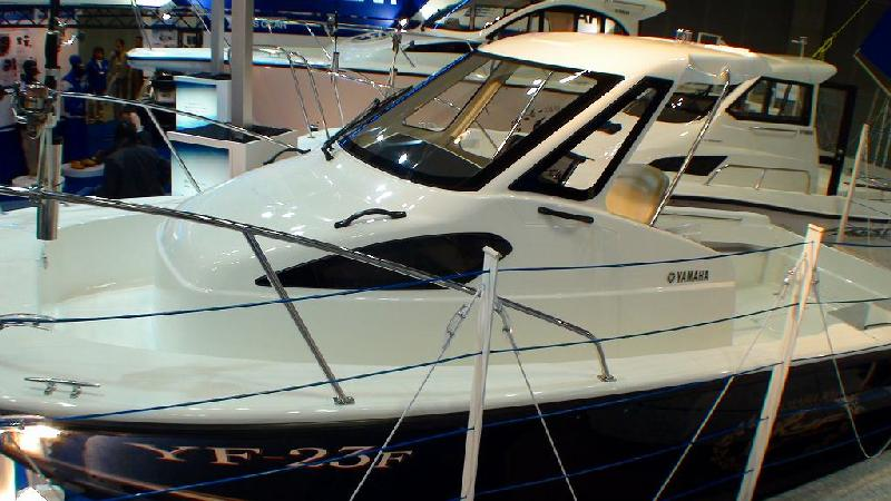 JAPAN INTERNATIONAL BOATSHOW 2011 その4 ヤマハブース2_a0132631_8295882.jpg