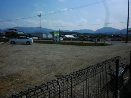 東側駐車場工事完了のお知らせ_c0174644_19203650.jpg