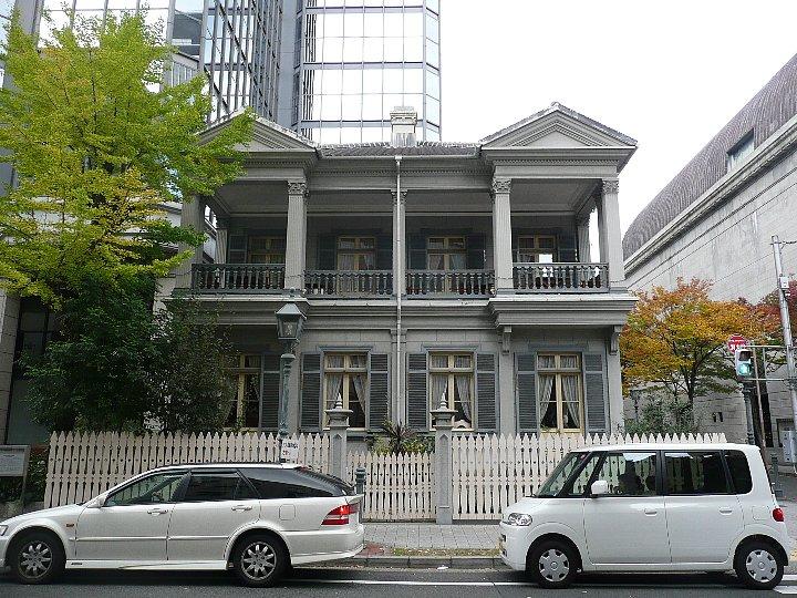 旧神戸居留地15番館_c0112559_1259199.jpg