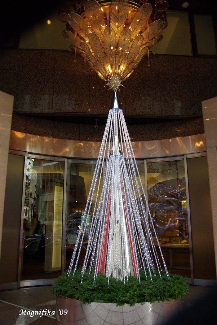 再び銀座のクリスマス Christmas Decoration Views of Ginza, Again_e0140365_20561134.jpg