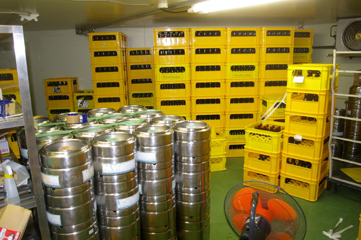 鎌倉ビールを見学、新「北鎌倉の恵み」の商品化で意見交換_c0014967_17575341.jpg