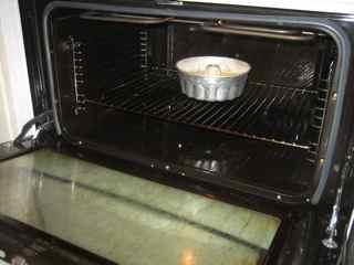 インガおばあちゃんの最高に美味しいフルーツケーキの作り方_e0125069_518493.jpg