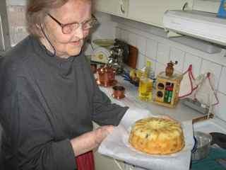 インガおばあちゃんの最高に美味しいフルーツケーキの作り方_e0125069_5222527.jpg
