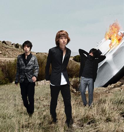 UNISON SQUARE GARDENが5月11日にシングルをリリース!_e0197970_22372250.jpg