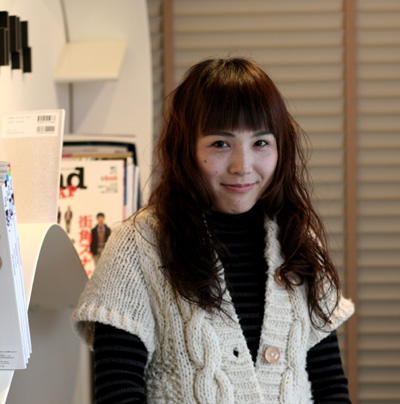 サイドの髪を少しパッツンと☆_a0133078_1918216.jpg