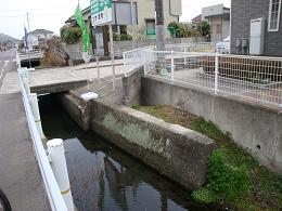 安浦町内に廃線跡を探して_e0175370_21194848.jpg