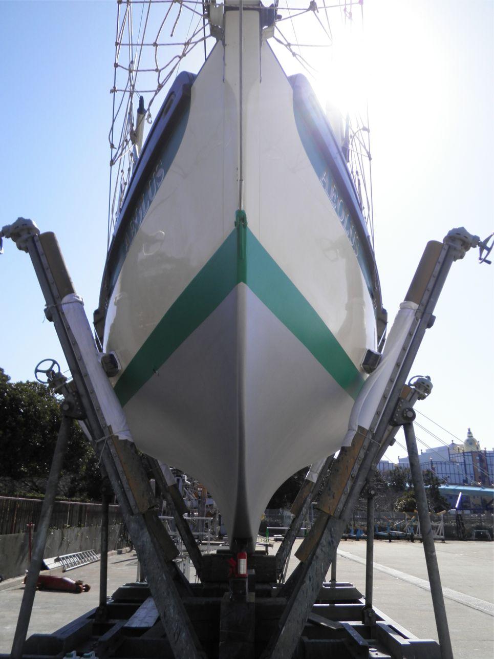 船底整備のすべて⑫ ハル上部(緑ライン) 船底塗料ニューマリンゴールド緑 塗装後_a0051924_22281786.jpg