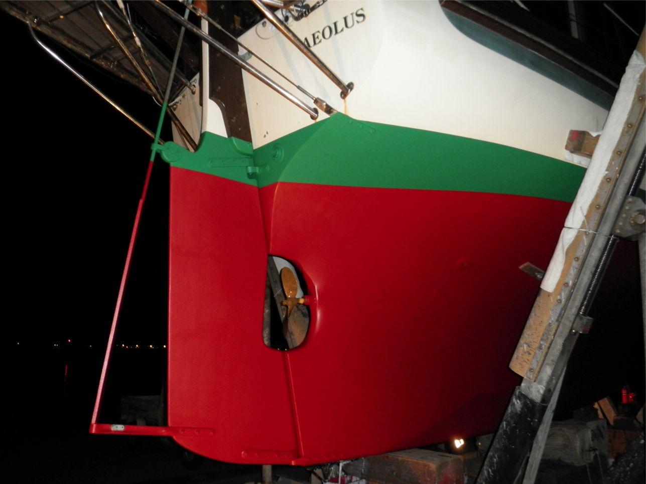 船底整備のすべて⑬ ハル 船底塗料033赤 塗装後_a0051924_22331686.jpg