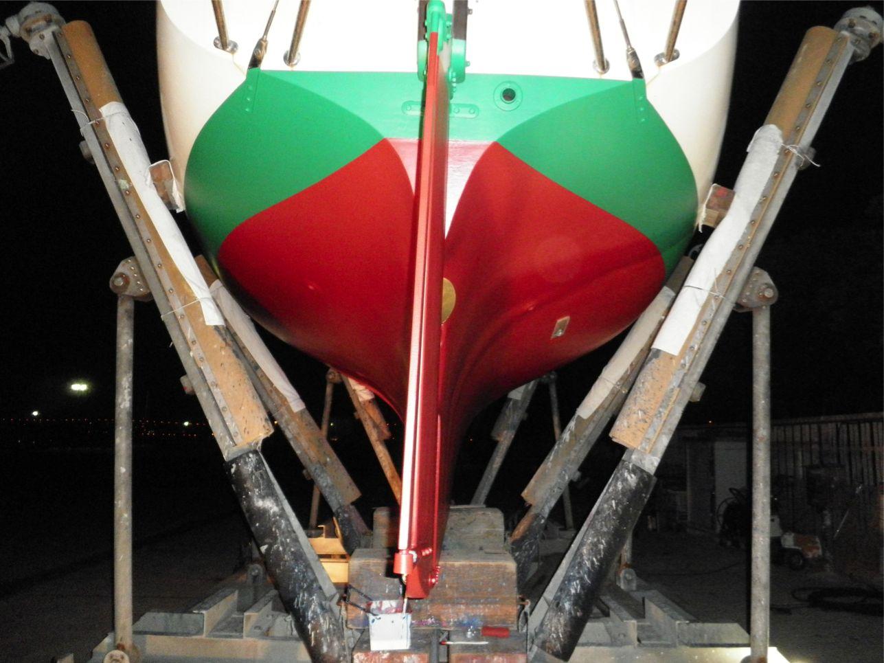 船底整備のすべて⑬ ハル 船底塗料033赤 塗装後_a0051924_22341530.jpg