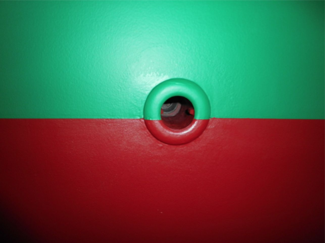 船底整備のすべて⑬ ハル 船底塗料033赤 塗装後_a0051924_22405270.jpg
