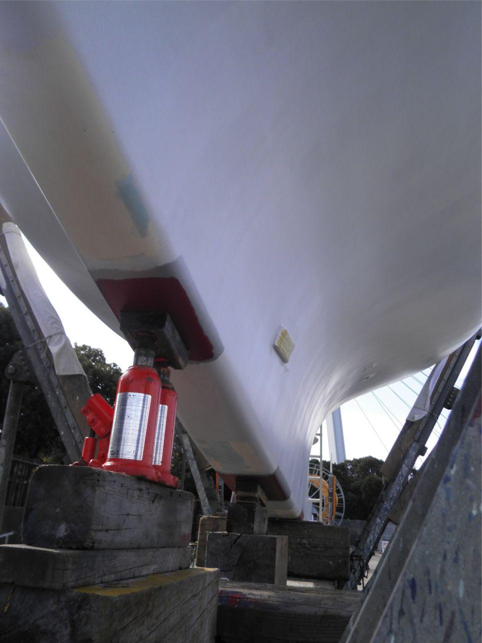 船底整備のすべて⑭キール_ばん木受け部分作業_a0051924_2251586.jpg