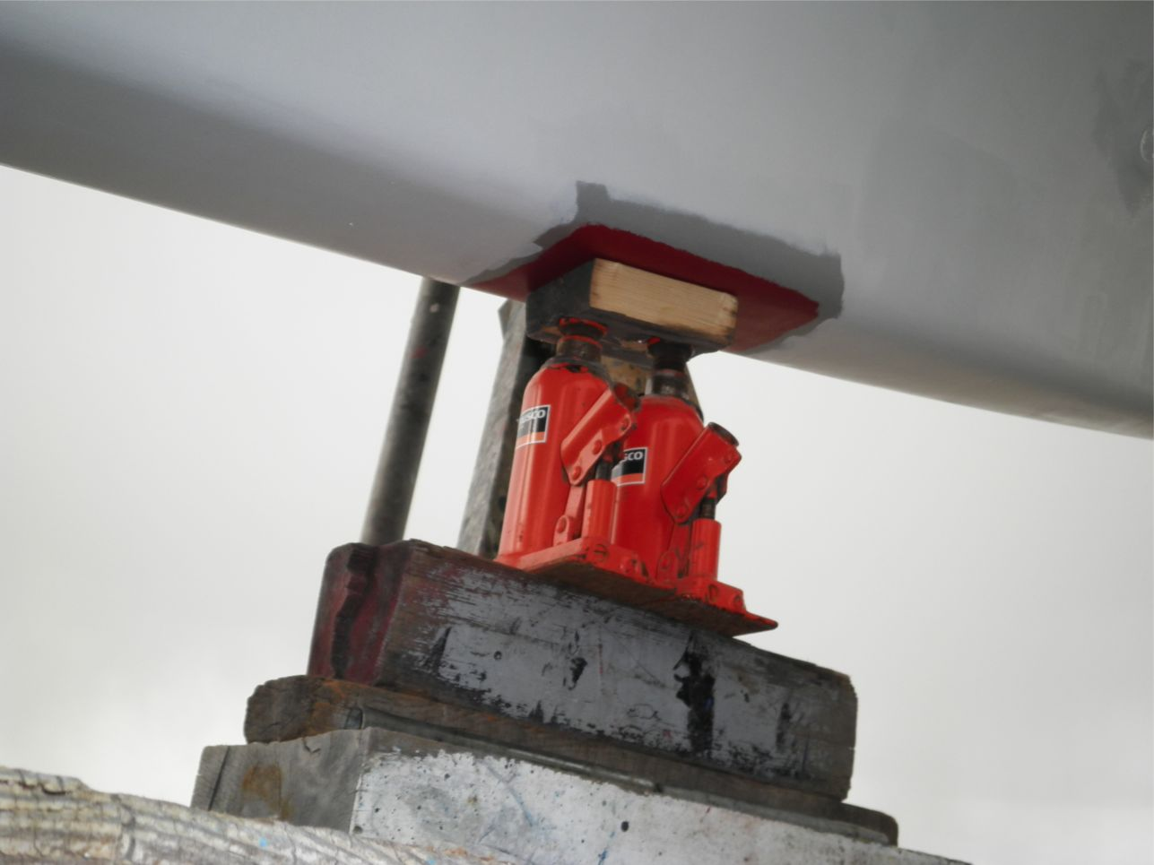 船底整備のすべて⑭キール_ばん木受け部分作業_a0051924_22521421.jpg