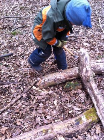 【視察2日目と3日目】ウンターメンチングの森の幼稚園☆_f0037258_16395025.jpg