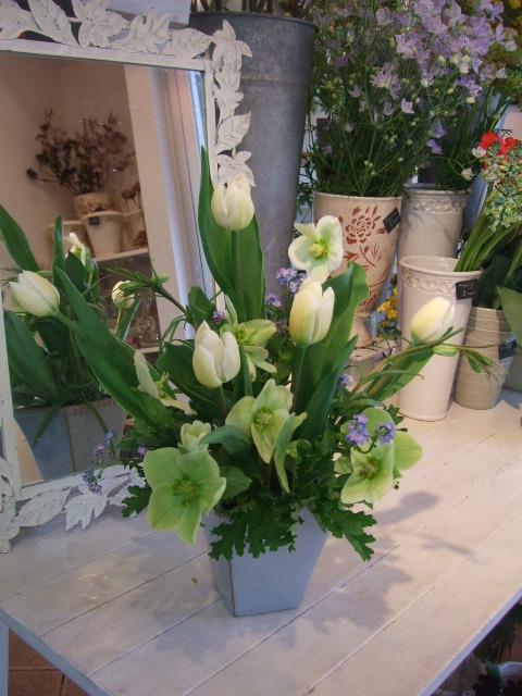 オークリーフ花の教室(清水さんの作品)_f0049672_16182226.jpg