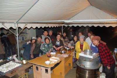 13日名取市で炊きだし支援をおこないました。ー東北大震災被災地救援活動情報_a0036384_7223217.jpg