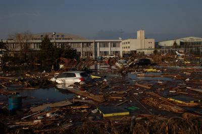 13日名取市で炊きだし支援をおこないました。ー東北大震災被災地救援活動情報_a0036384_751710.jpg