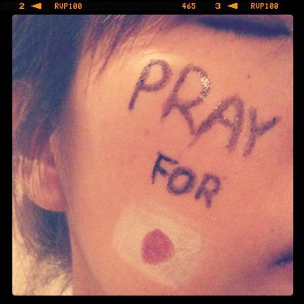 世界から届いた日本への祈り_e0182444_1230374.jpg