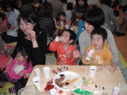 2011.03.03 ひな祭りティーパーティ_f0142009_13423743.jpg