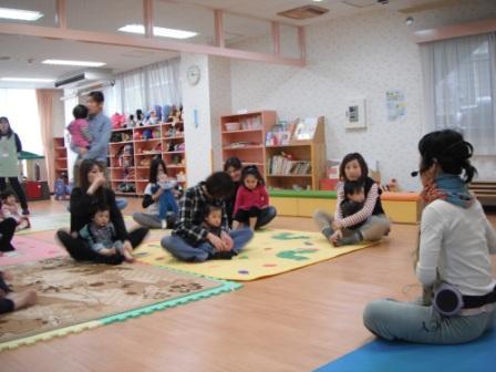2011.03.10  リラックスヨガ_f0142009_14401023.jpg