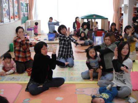 2011.03.10  リラックスヨガ_f0142009_14415761.jpg