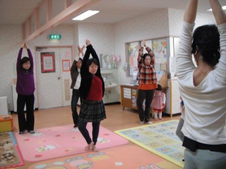 2011.03.10  リラックスヨガ_f0142009_1441695.jpg