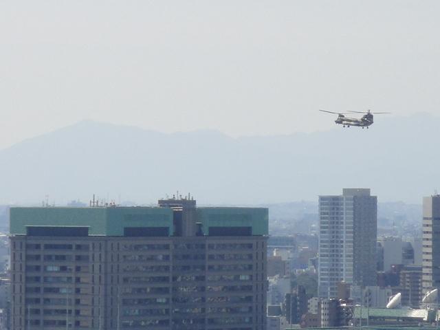 ヘリコプターの音_b0190666_21464086.jpg