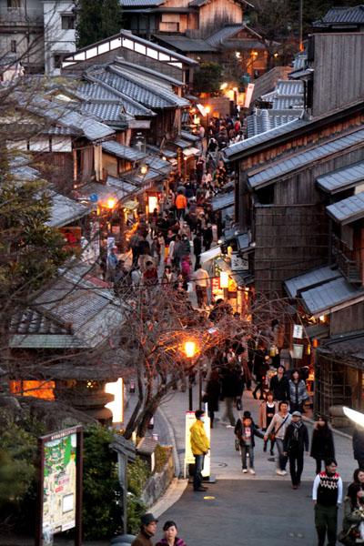 京都・東山祈りの灯1_e0048413_22112486.jpg