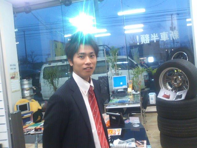 店長のニコニコブログ!ランクルコーナー撮影☆_b0127002_0272385.jpg