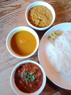 インド料理をめぐる冒険 の挨拶まわり_c0033210_3284719.jpg