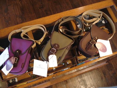 新入荷バッグは「CHAPMAN」。_d0153941_10314617.jpg