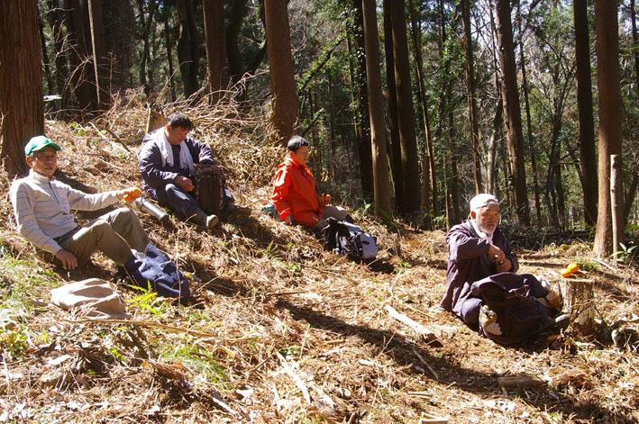 第3回六国見山森林公園の手入れに強力な助っ人登場!_c0014967_14452373.jpg