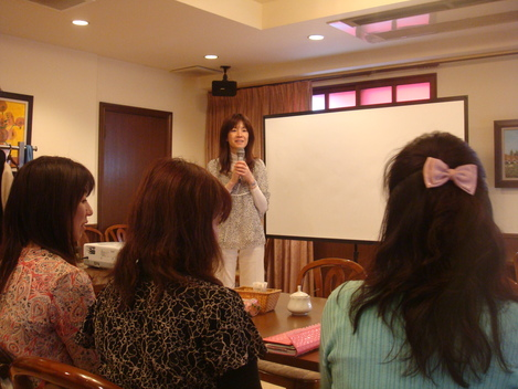 『Happy Women\'s Talk vol.5』_e0142585_057798.jpg