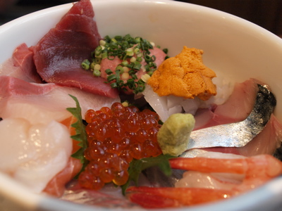 海鮮丼 日の出さんへ_f0232994_4351053.jpg