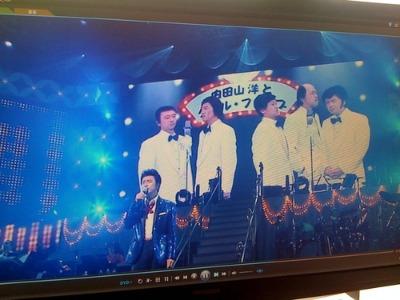 桑田佳祐「ひとり紅白歌合戦」DVDで大爆笑!_d0084478_1333620.jpg