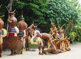 トルー村の踊り上げ_a0043520_8445315.jpg