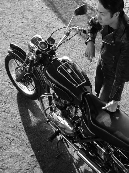 5COLORS「君はなんでそのバイクに乗ってるの?」#34_f0203027_9502487.jpg