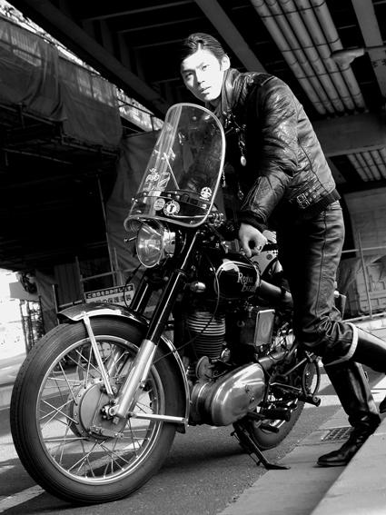 5COLORS「君はなんでそのバイクに乗ってるの?」#34_f0203027_9504157.jpg