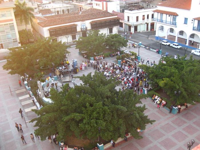 キューバ·フェスティバル通信2011·3 ,vol.4_a0103940_2312636.jpg