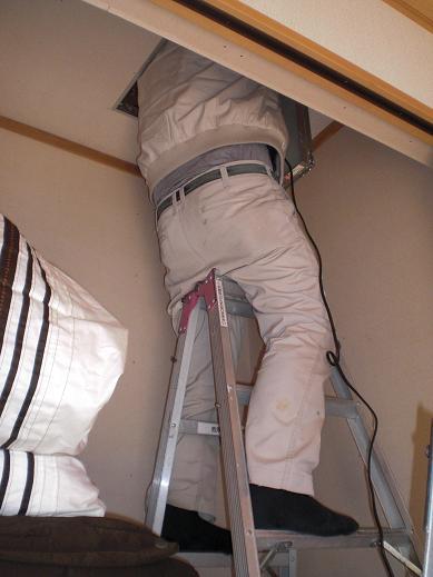 快適な床暖房 ~ 意外と大変な電源用配線_d0165368_424258.jpg