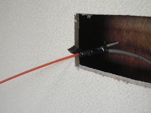快適な床暖房 ~ 意外と大変な電源用配線_d0165368_425155.jpg