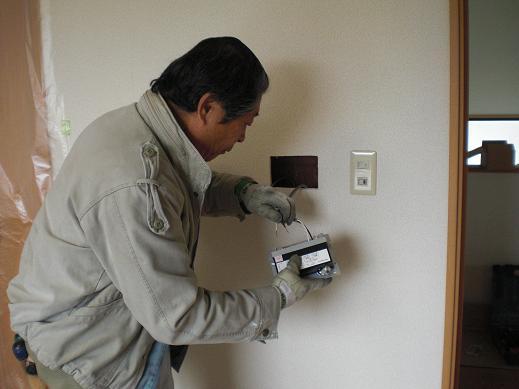 快適な床暖房 ~ 意外と大変な電源用配線_d0165368_4254731.jpg