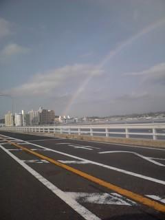 虹が出た!_d0106911_18144323.jpg