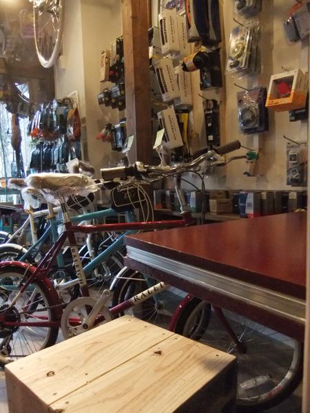自転車店リピト・イシュタール/高田馬場・西早稲田・大久保/新宿_c0225122_2234563.jpg