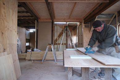 2階の床と1階の天井_f0115152_1721672.jpg