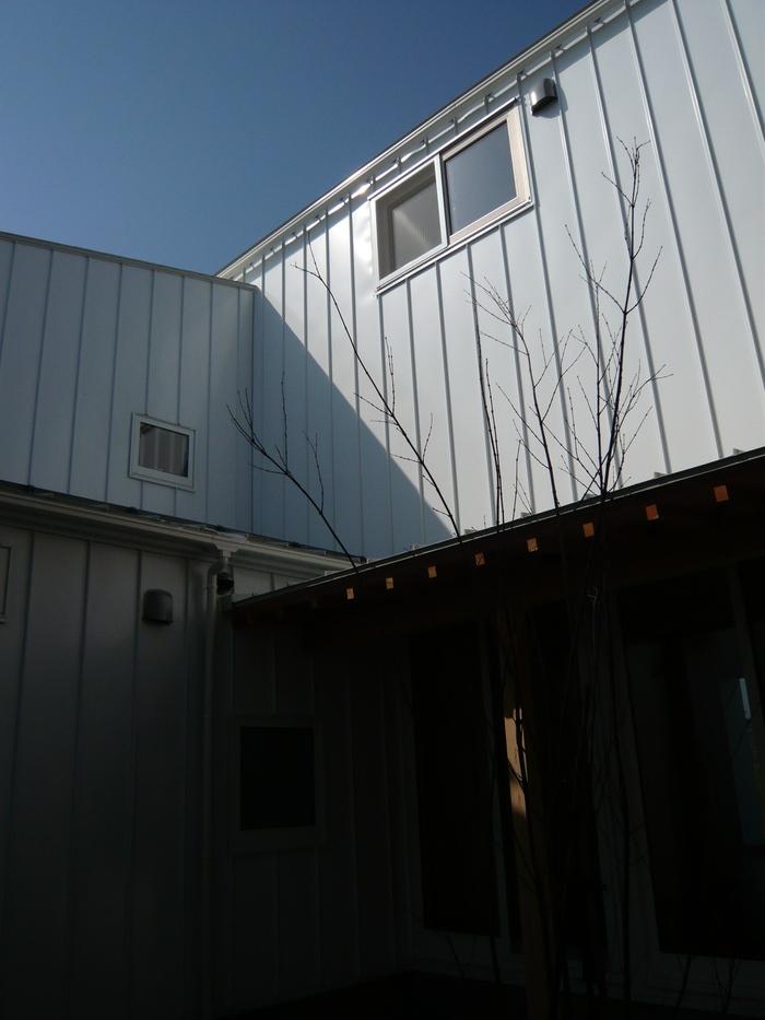 「見晴台の家」花火の見える家 完成!_e0189939_0535480.jpg